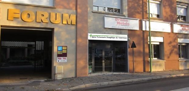 Eglise Protestante Evangélique du Valentinois 7 avenue de Verdun (Le Forum) 26000 VALENCE GPS 44° 56′ 16.00″+4° 53′ 49.94″ Cliquez ici pour afficher le plan en grand